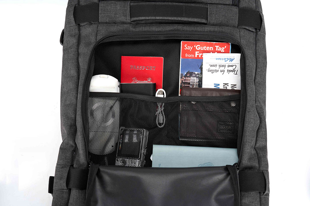 Tracker roller weekend bag